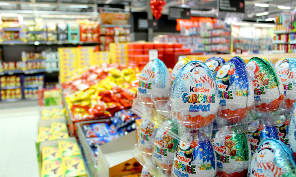 BILLIG GODTERI: Søtsakene er billigere i Sverige enn i Norge, men det kan også være prisforskjeller i Sverige - som eksempelvis i godteributikken sammenliknet med dagligvarebutikken. Vi fant prisforskjeller på mange produkter da vi pristestet godteributikken kontra matbutikken - og fant at vi kunne få produkter opptil 30 prosent billigere ved å velge riktig butikk - og riktig «deal». Foto: Kristin Sørdal