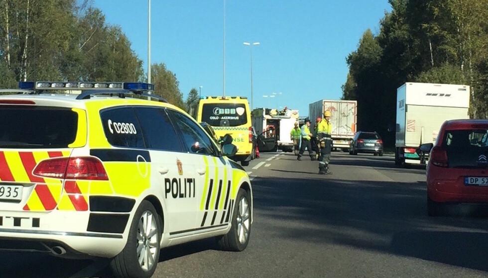 DÅRLIGE SJÅFØRER: I hele 52 prosent av dødsulykkene på norske veier i fjor, var sjåførfeil en medvirkende årsak til at ulykken oppsto, konkluderer Statens vegvesen. Foto: Rune Korsvoll