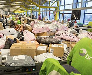 image: Posten redd folk ikke vil hente pakker når nye momsregler trer i kraft