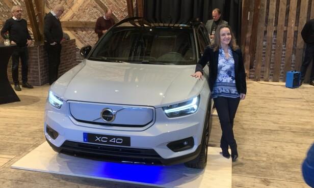 NY DIREKTØR: Det var påtroppende administrerende direktør i Volvo Car Norway, Rita Kristin Broch, som kunne presentere den nye elbilen under et arrangement fredag den 13. desember, en dato som nok langt fra betyr ulykke for merket i 2020. Foto: Knut Moberg