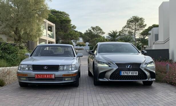 30 ÅRS FORSKJELL: Til venstre ser vi den aller første Lexus-modellen, som ble lansert i 1989. Til høyre dagens LS 500h - i tilsvarende kategori luksussedan. Vi har kjørt dem begge - og «bestefar» klarer seg fortsatt overraskende bra. Foto: Knut Moberg
