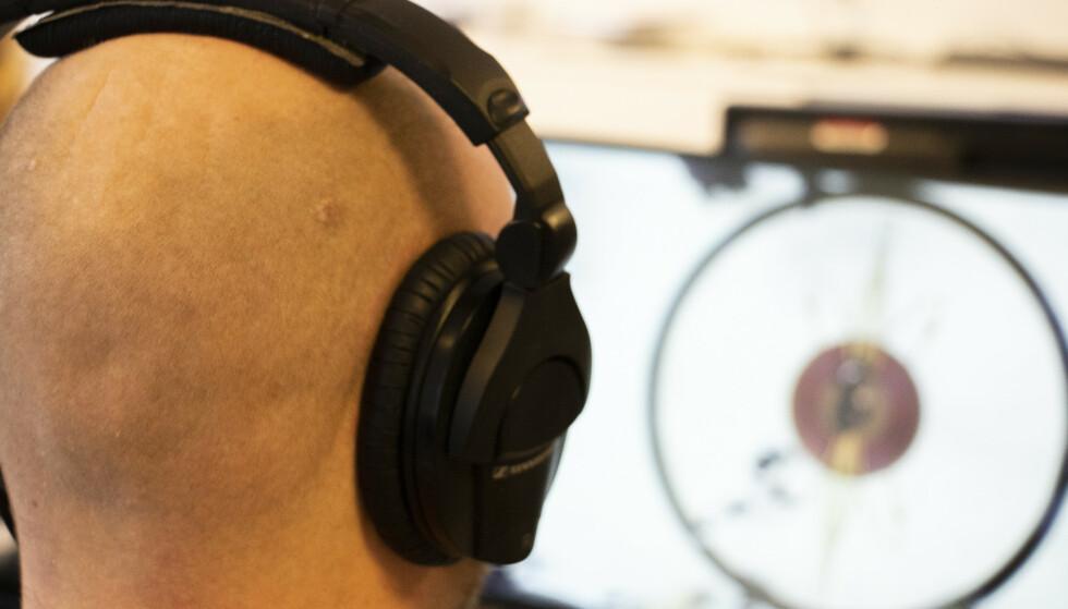 WINDOWS ROMLIG LYD: Med noen få enkle steg kan du øke lydkvaliteten på PC-en din selv om du bruker helt vanlige hodetelefoner. Foto: Martin Kynningsrud Størbu