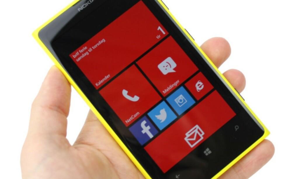 #4: Nokia Lumia 1020 var en god mobil, bare synd finnene valgte et operativsystem som viste seg ikke å ha livets rett. Foto: Ole Petter Baugerød Stokke