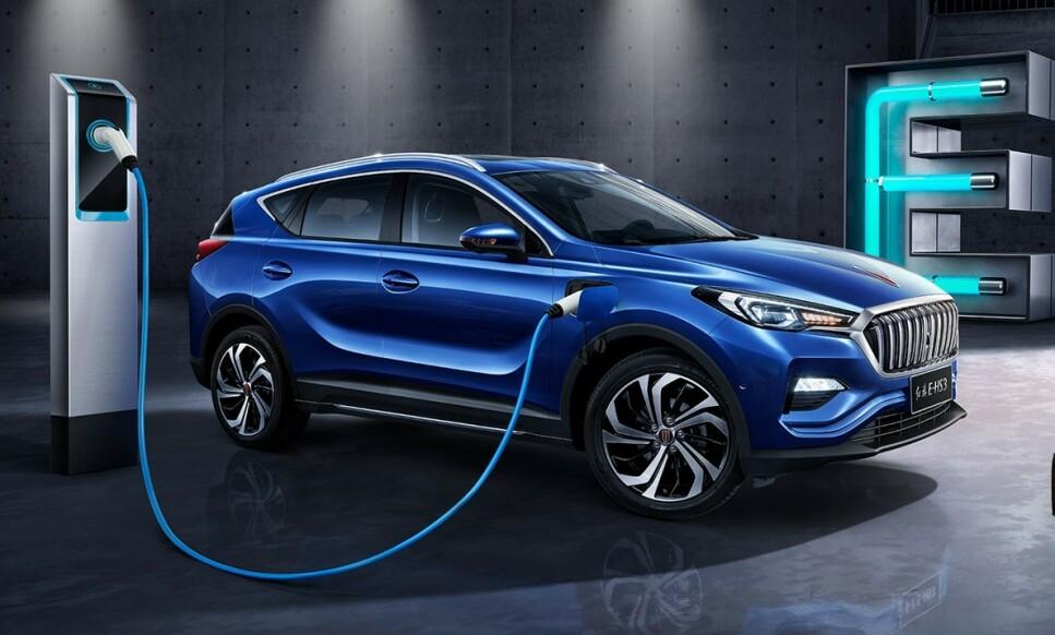<strong>PÅ VEI TIL NORGE:</strong> Det er Motor Gruppen, som fra før importerer Renault og Mitsubishi, som planlegger å begynne salg av elektriske biler av merket Hongqi, nærmere bestemt modellen på bildet, e-hs3. Foto: FAW-Hongqi
