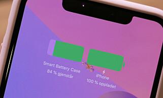 SÅ MYE STRØM HAR DU: Denne meldingen dukker opp på skjermen når du plasserer iPhone i Smart Battery Case. Foto: Kirsti Østvang