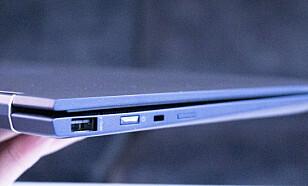 Vanlig USB og Kensington-lås på den andre. Foto: Martin Kynningsrud Størbu