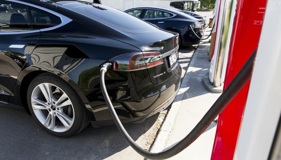 TESLA MODEL S: Tesla ber om ny behandling i forliksrådet etter at det først ble avsagt en fraværs dom. Foto: Tore Meek / NTB