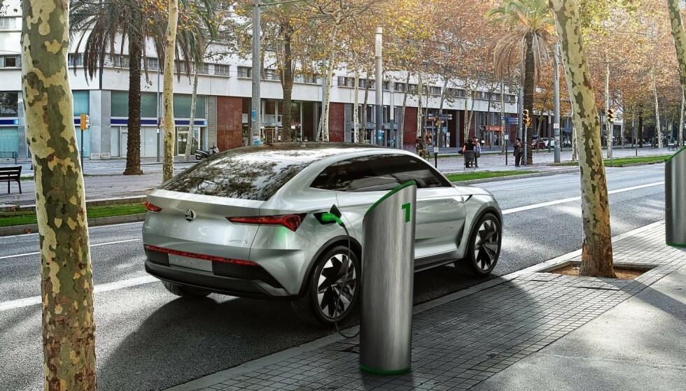 PÅ TOPPEN: Vi mener at Skodas nye, elektriske SUV er den mest spennende bilen i 2020. Foto: Skoda