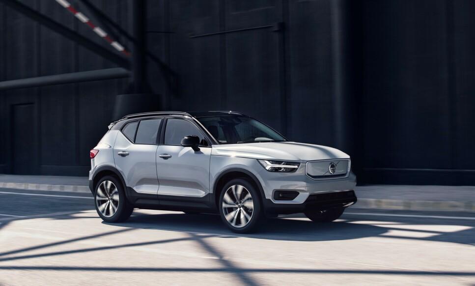 NY REKORD: Volvo har igjen satt ny global salgsrekord. Fra uke 3 kan Volvo nordmenn bestille elbilen XC40 Recharge, noe som kan fikse merkets negative trend i Norge. Foto: Volvo