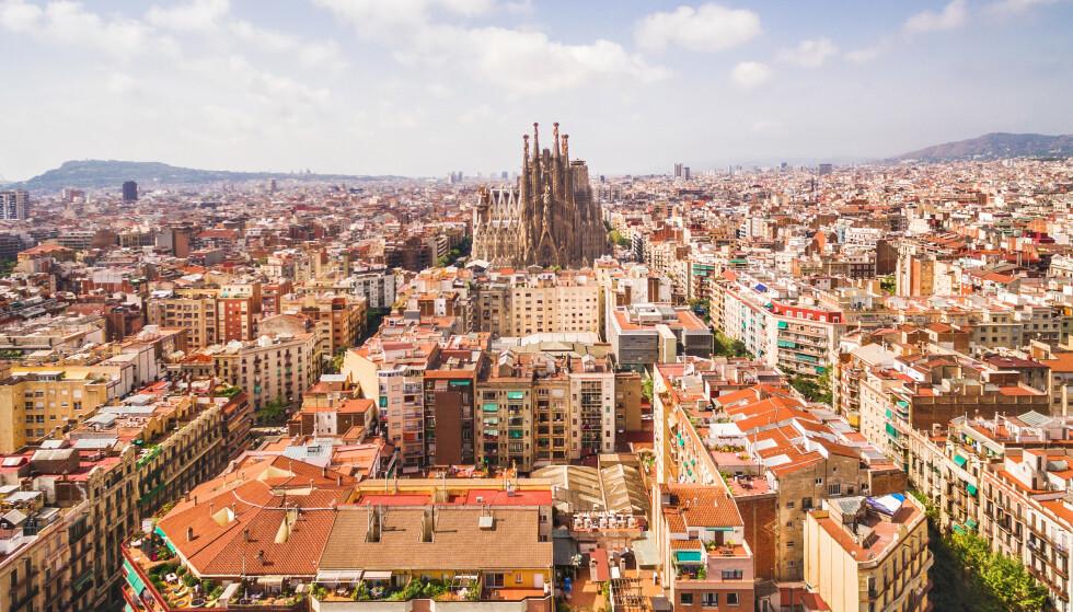– UNNGÅ DENNE BYEN: Fodor's fraråder turister å reise til Barcelona i år. Les hvorfor i saken under. Foto: Shutterstock/NTB Scanpix.