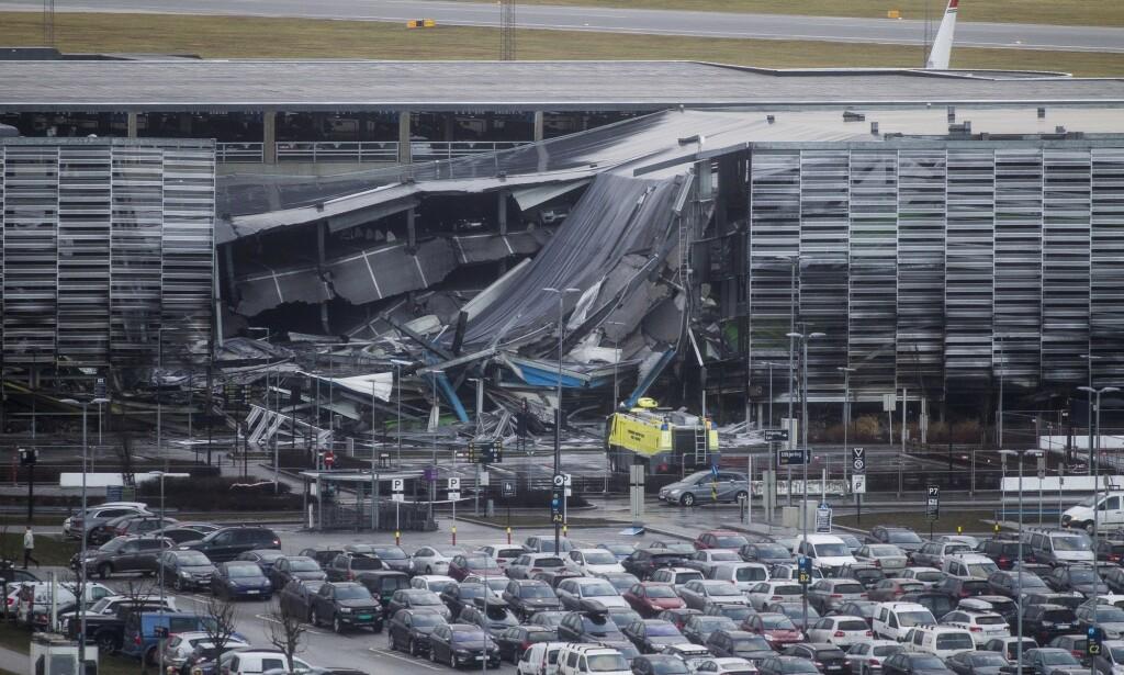 STOR SKADE: Hundrevis av skademeldinger renner nå inn hos forsikringsselskapene etter brannen i parkeringshuset på Stavanger lufthavn. Foto: Carina Johansen / NTB Scanpix