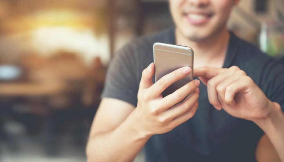 <strong>MENER APPER BRYTER PERSONVERNLOVEN:</strong> Forbrukerrådet klager inn sjekkeappen Grindr og flere andre for brudd på personvernloven. En fersk rapport avslører hvordan selskapene samler sensitive personopplysninger og selger dem til høystbydende for reklameformål. Foto: Shutterstock/NTB scanpix