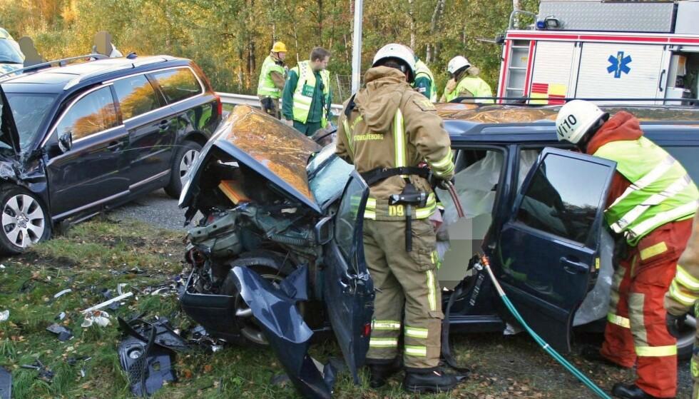KAN KJØRE MED 0,8: Promille er medvirkende årsak til flere tusen ulykker i EU. Promillegrensene er forskjellige, og i England kan du kjøre bil med 0,8. Foto: Volvo.