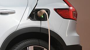 <strong>ELEKTRISK:</strong> Volvo XC40 Recharge kan lades opp til 80 prosent på 40 minutter, ifølge produsenten. Foto: Volvo
