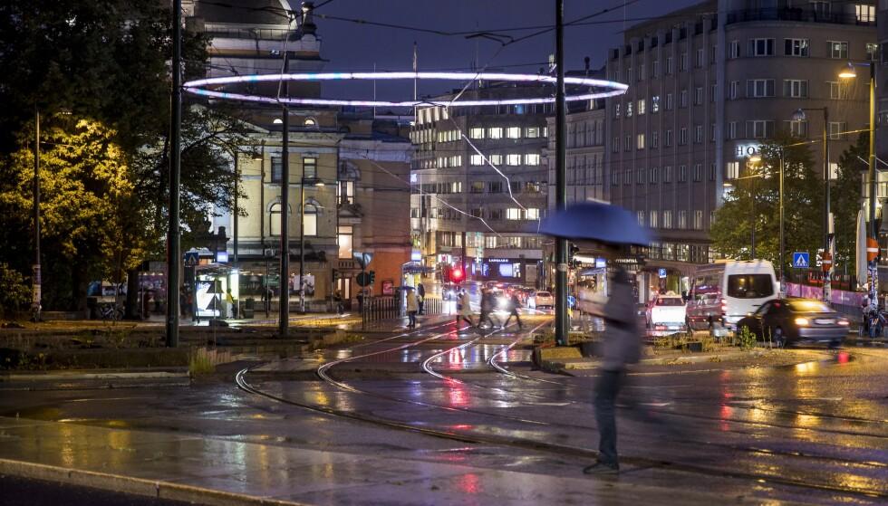 DÅRLIGST AV DE DÅRLIGE: Nordmenn bruker stadig mindre refleks, mens folk i Oslo er aller dårligst i bruken av den. Foto: Trygg Trafikk