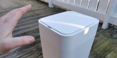 image: Smart søppelbøtte som knyter posen når den er full