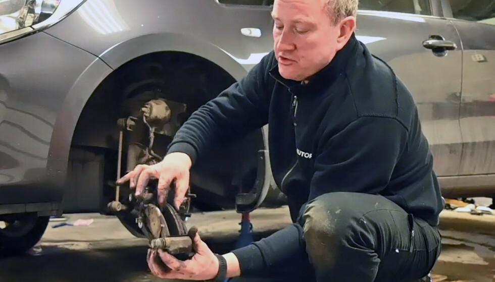 <strong>UTSLITT:</strong> Det er lettere enn du tror å skifte bremsene selv på bilen din. Foto: Rune M. Nesheim