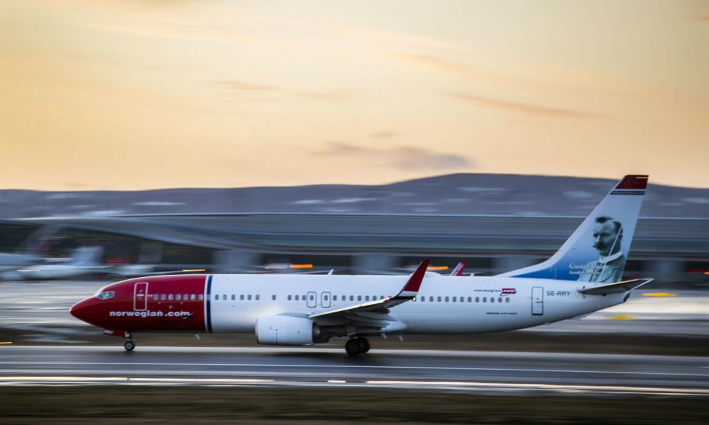 CARRY-ON: For å sikre at alle reisende får en så smidig og komfortabel reise som mulig, og for å bidra til at enda flere fly går på rute, endrer Norwegian håndbagasjereglene, skriver flyselskapet i en pressemelding. Foto: Håkon Mosvold Larsen.