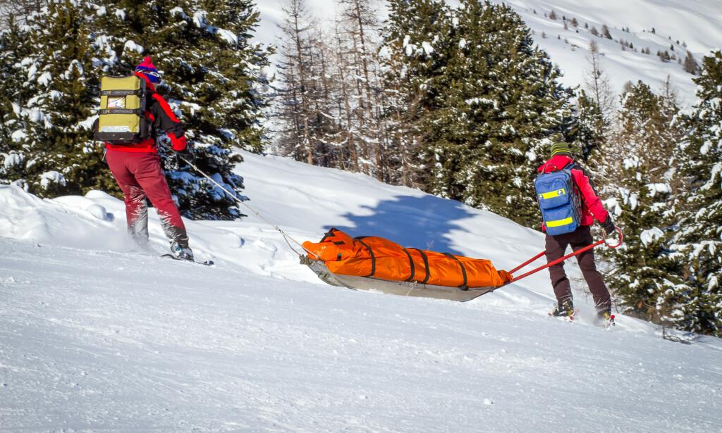 SKADETOPPEN: Den høyeste gjennomsnittsummen for skiskader som dekkes av reiseforsikringen er på drøyt 29.000 kroner, ifølge SOS International, og det er én gruppe som blir mer skadet enn andre. Les hvem i saken under. Foto: Shutterstock/NTB Scanpix.