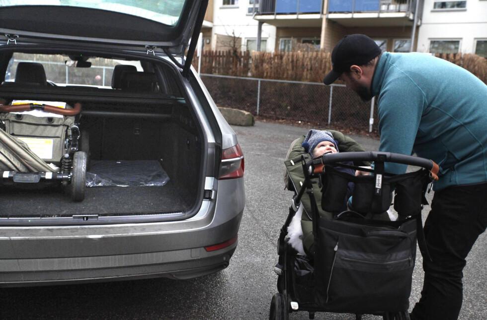 - MYE FOR PENGENE: Todnems preferanse er en stor Volvo XC90 T8, som han kjører selv. Småbarnsfaren omtaler i utgangspunktet Skoda som «et traust merke», men likte Superb godt. Foto: Øystein B. Fossum