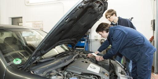 image: Dyre luksusbiler på tilbakekallingstoppen