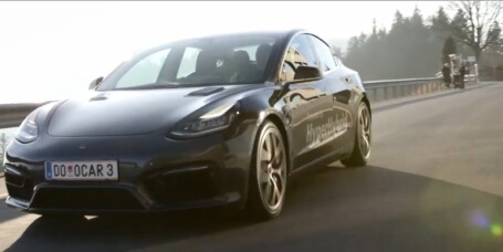 Tidenes første Tesla på bensin