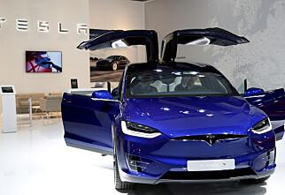 Kjøper Tesla med mobilen