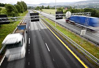 Advarer mot smalere, raskere motorveier