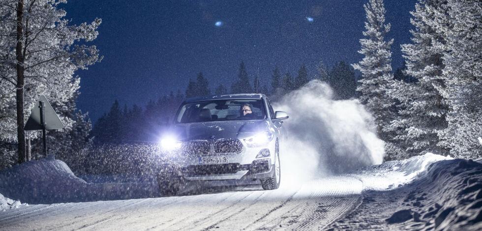 image: - Usympatiske menn kjører Audi og BMW