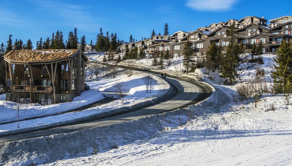 HYTTE PÅ FJELLET: Skal du kjøpe hytte på fjellet, er det nødvendigvis ikke en billig affære. Bildet er fra Norefjell. Foto: Halvard Alvik/NTB Scanpix.