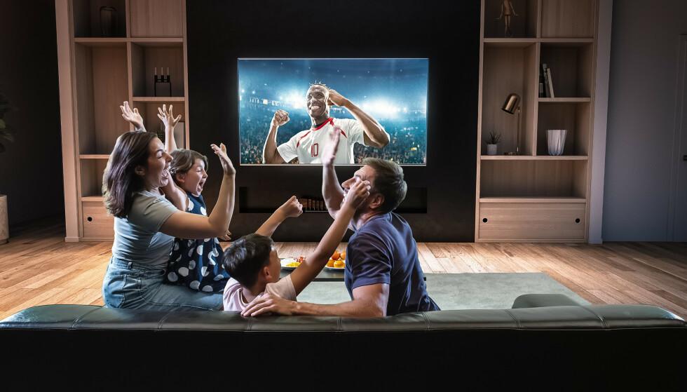 TV PÅ ALLE SKJERMER: Hvilke kanaler du kan se avhenger av hvilken TV-pakke du velger. TV-innhold kan også strømmes.