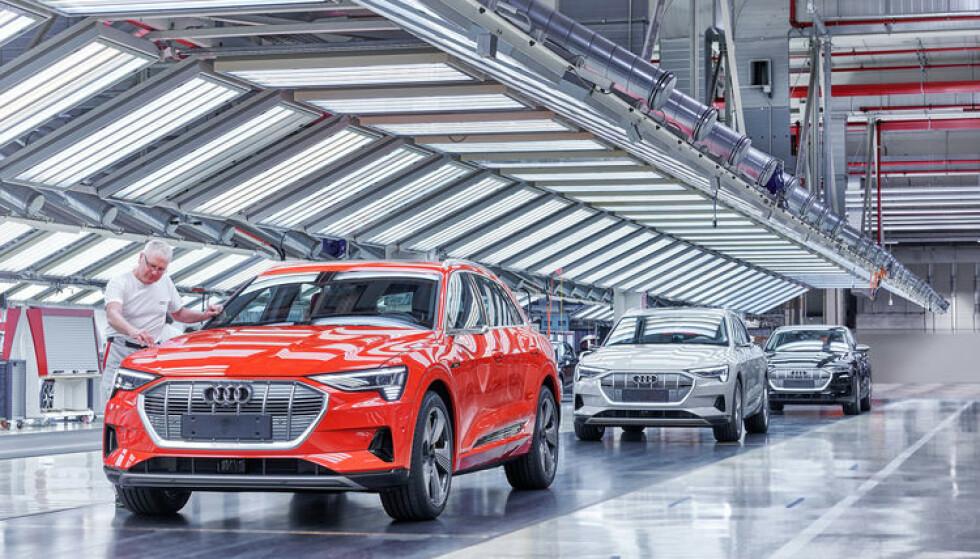 FULL STOPP: nesten en ukes produksjonsstopp er absolutt ikke økonomisk heldig. Audi er avhengig av å få ut så mange nullutslipsbiler som mulig for å unngå gigantbøter. Foto: Audi
