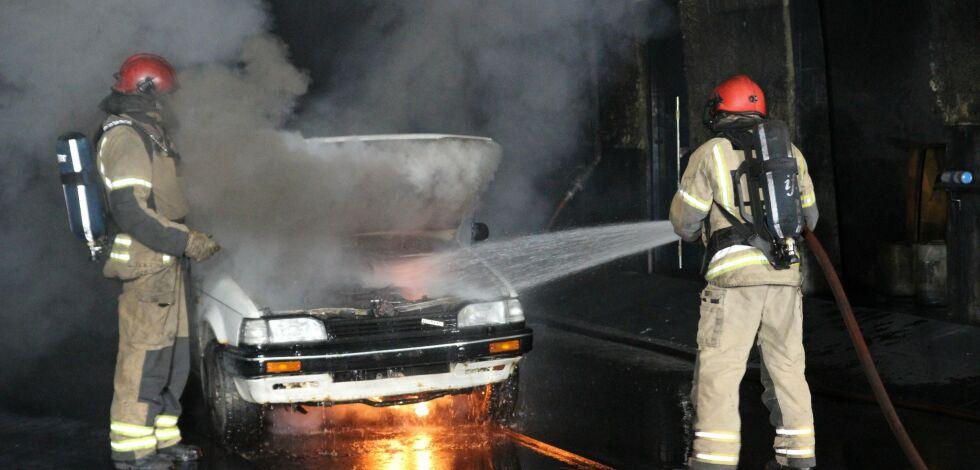 image: Elbiler brenner ikke oftere