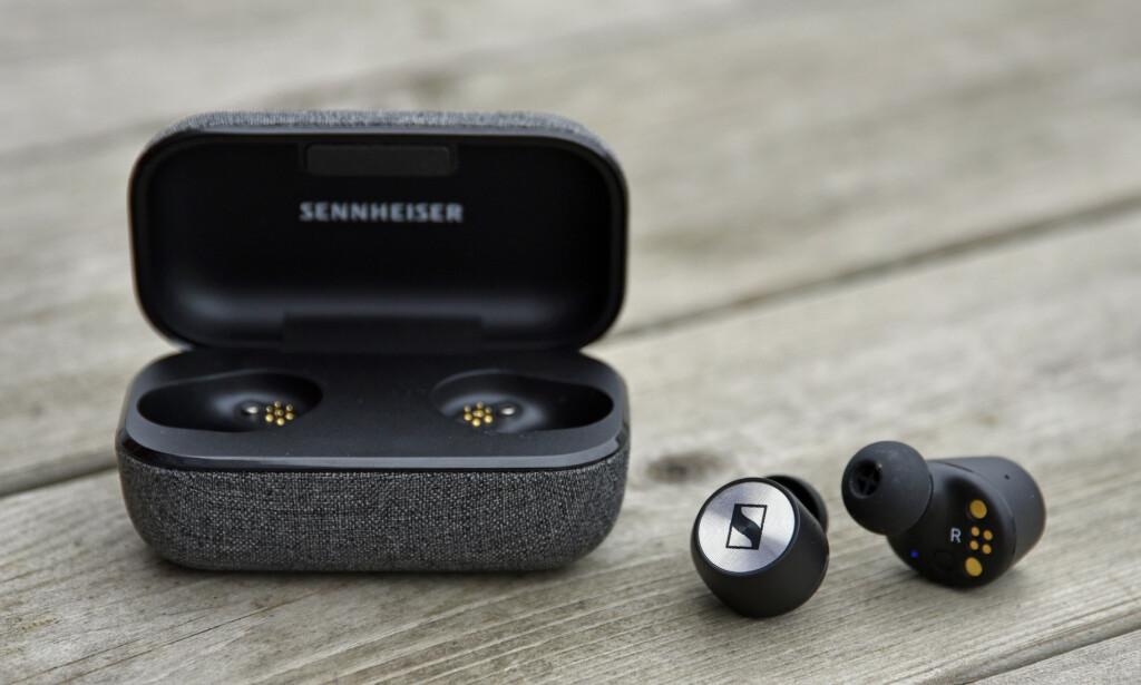 OPPFØLGER: I dag lanseres Sennheiser Momentum True Wireless 2. De er mindre, har bedre batteritid og har nå fått aktiv støykansellering. Foto: Pål Joakim Pollen