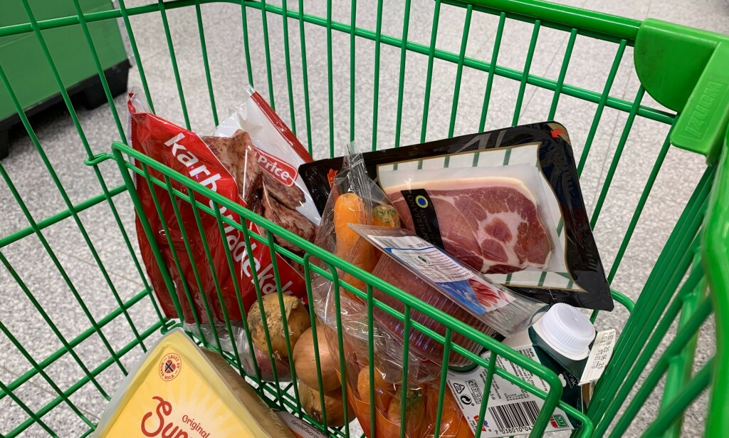 GLEM HERMETIKK: Det fins mange matvarer med lang holdbarhet, som du heller kan kjøpe inn litt ekstra av. Foto: Berit B. Njarga