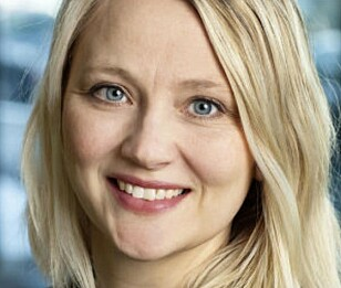 SPENT: Kommunikasjonsrådgiver Anita Svanes hos Harald A. Møller mener Tiguan eHybrid er et fint supplement. Foto: Harald A. Møller
