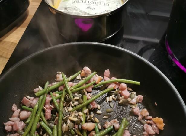 KJAPT OG GODT: Ingen av Ekspress Familie-middagene tar mer enn 20 minutter å lage. Foto: Privat