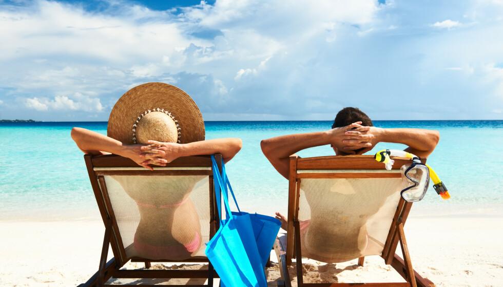 HVA SKJER MED FERIEN? Hva skjer med ferien din i år? Må du avbestille? Og kan du få pengene tilbake? Pass på fristene dersom du vil ta det på reiseforsikringen! Foto: Shutterstock/NTB scanpix