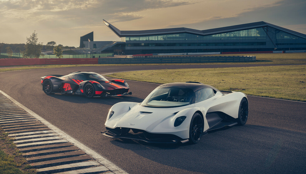 VIKINGKVINNENE: Valkyrie og Vallhalla har helt klart mane designtrekk til felles. Foto: Aston Martin