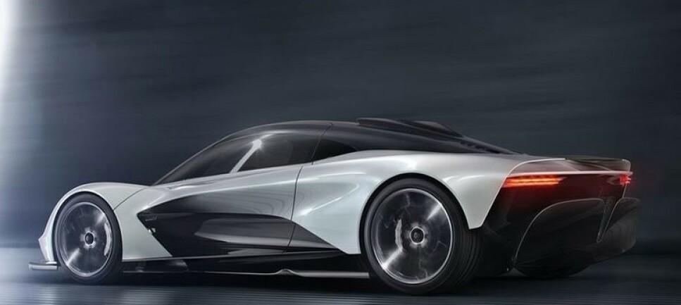 I KRIGEN: Aston Marting skal i krigen mot blant annet Ferrari SF90 Stradale med sin siste skapelse. Sjekk de drøye venturikanalene i hekken. Ill: Aston Martin