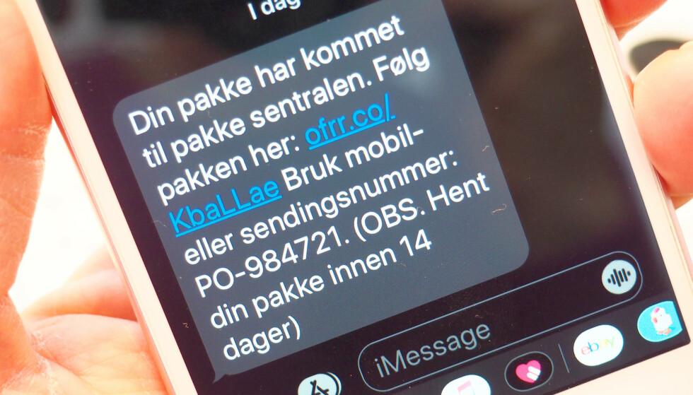 POSTNORD-SVINDEL: Meldingen utgir seg for å være fra PostNord, men er altså svindel. Foto: Kristin Sørdal