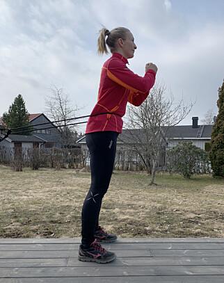 image: Hjemmetrening: Slik trener du med strikk