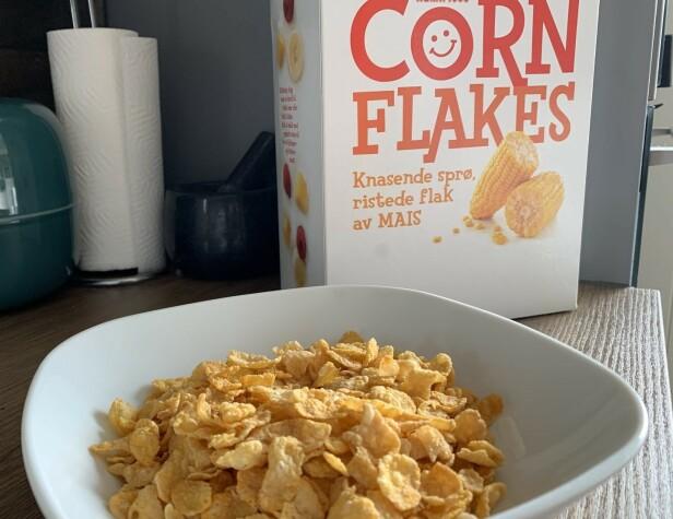 <strong>LIKE GODT:</strong> Åtte måneder på overtid smakte corn flakes-pakka fortsatt som den skulle. Foto: Bjørn Eirik Loftås