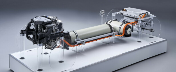 """SYSTEMET: Brenselcellene er plassert i """"motorrommet"""", tankene er plassert der tank og drivverk tar opp plass i dag, og batteripakka ligger i bagasjerommet. Foto: BMW"""
