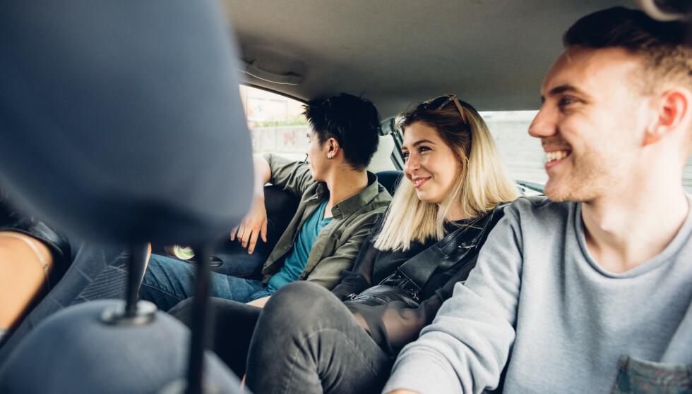 PÅSKEFERIE: Blant annet bør felles turer i bil med personer du ikke bor sammen med, unngås. Foto: NTB Scanpix