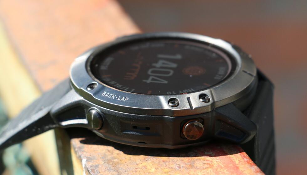 Garmin sverger til fysiske knapper fremfor berøringsskjerm på Fenix-klokkene. Vi er neppe alene om å sette pris på det. Foto: Martin Kynningsrud Størbu