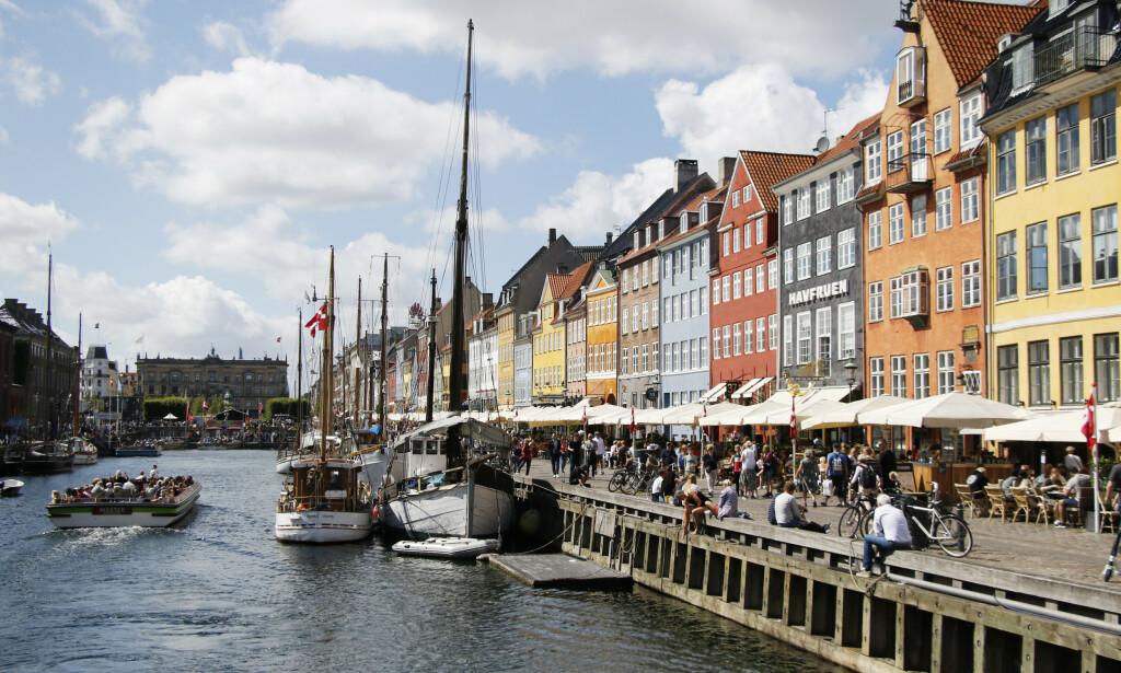 BESØKE DANMARK? Du kan besøke København i sommer, men ikke overnatte. Høy kronekurs kan derimot gjøre Danmarksferien dyr. Foto: NTB Scanpix
