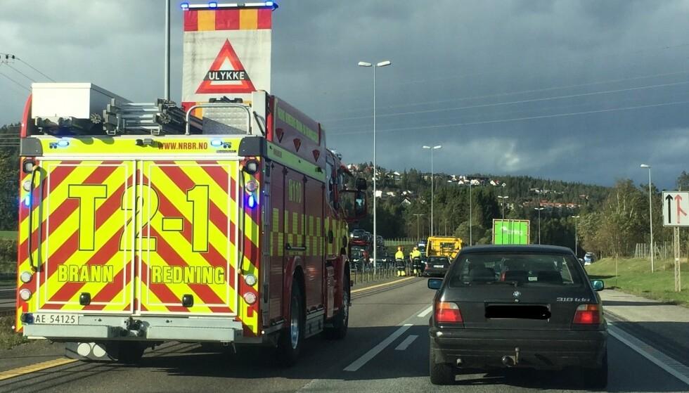 <strong>SPARER MANGE LIV:</strong> Dersom alle biler eldre enn 20 år blir borte fra veien, vil 30 liv bli spart på svenske veier hvert år, mener svenske Trafikverket. Foto: Rune Korsvoll
