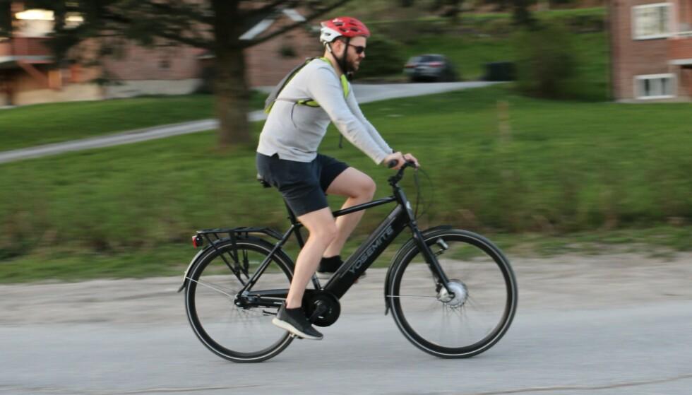 """BILTEMA YOSEMITE: City Explorer 28"""" er en ganske stilig sykkel, men hvordan er den i bruk? Foto: PRIVAT"""