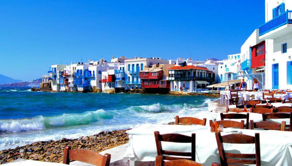 VIL ÅPNE FOR TURISTER: Hellas håper å kunne ønske turister velkomne fra 1. juli, men forsikringsselskap advarer fordi reiseforsikringen ikke gjelder dersom UDs reiseråd fortsatt står: - Kan bli sittende med milliongjeld i etterkant, advarer Europeiske Reiseforsikring. Foto: Shutterstock/NTB scanpix